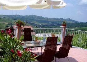 Villa I Due Padroni in Lombardia, Italie terras oleander Villa I Due Padroni 30pluskids