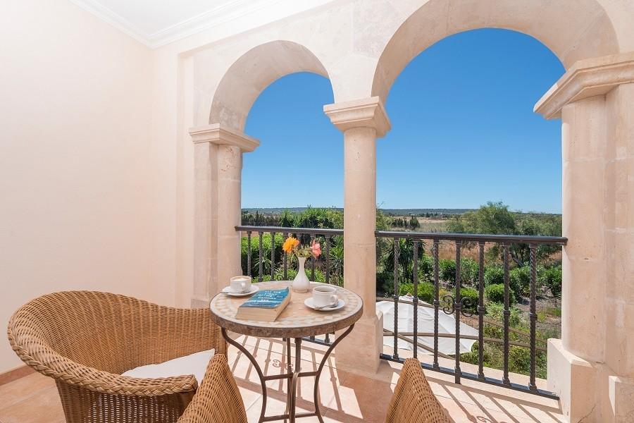 Hotel Migjorn op Mallorca, Spanje zitje met uitzicht Hotel Migjorn**** 30pluskids image gallery