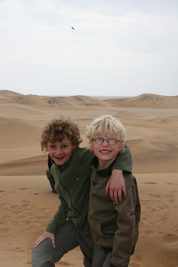Travelnauts rondreis Namibie kalahari-desert Safari, zandduinen, maanlandschappen in Namibië 30pluskids image gallery