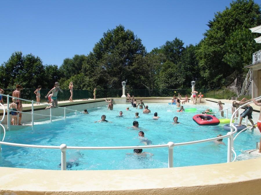 Chateau de Mialaret zwembad.jpg Domaine le Mialaret 30pluskids image gallery