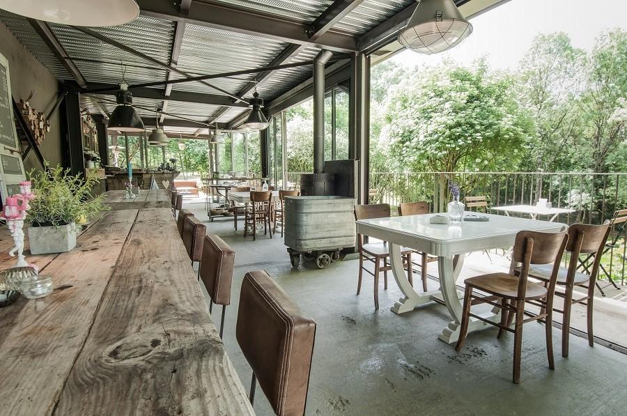 Bassiviere in de Lot et Garonne, Frankrijk restaurant