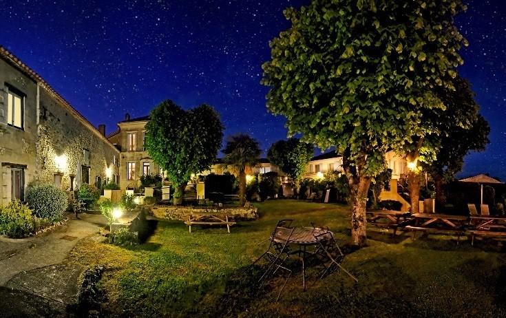 Domaine La Fontaine in de Charente-Maritime, Frankrijk prachtige sterrenhemel Domaine la Fontaine 30pluskids image gallery