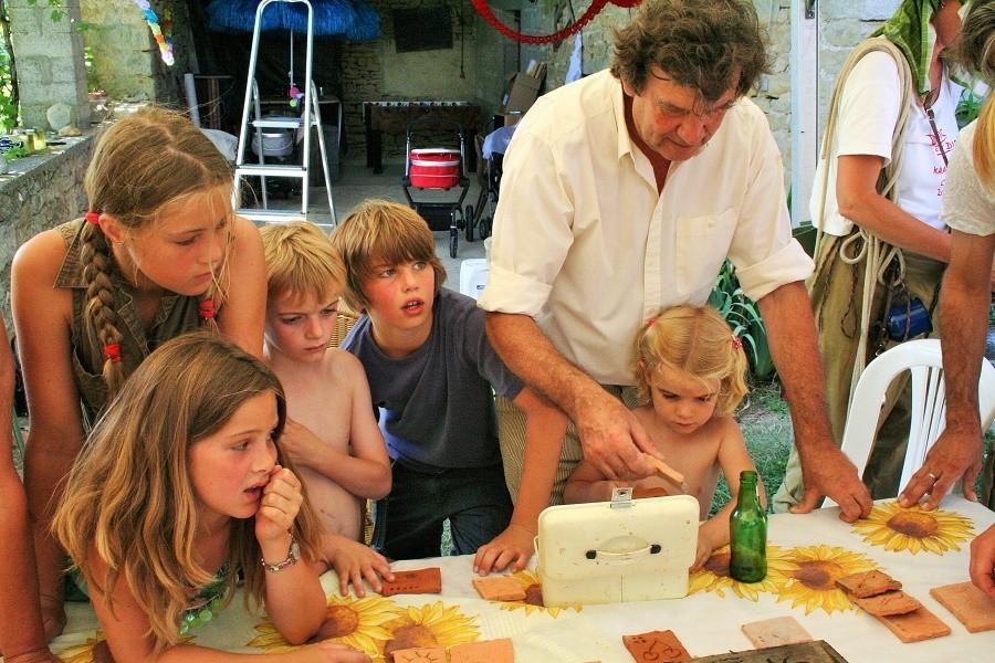 Les Quatre Toits in de Tarn-et-Garonne, Frankrijk kids Domaine Les Quatre Toits 30pluskids image gallery
