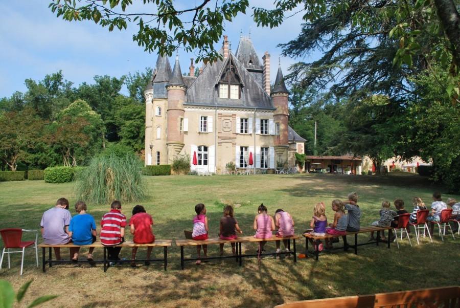 412_4.jpg Tendi op Chateau Le Haget 30pluskids image gallery