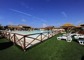 Tritt Residence Al Mare zwembad Residence Al Mare 30pluskids