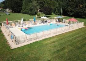 Domaine Le Bost in de Dordogne, Frankrijk zwembad 2 Domaine Le Bost 30pluskids