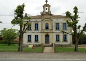 La Vieille Ecole in de Lot et Garonne, Frankrijk voorkant school La Vieille Ecole 30pluskids