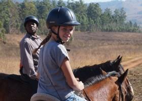 Riksja Family rondreis Zuid-Afrika paardrijden Riksja Family Zuid-Afrika 30pluskids