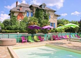 Le Pavillon de St Agnan in de Dordogne, Frankrijk zwembad nieuw Le Pavillon de St. Agnan 30pluskids