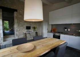 Villa Lafage in de Dordogne, Frankrijk pigionnier keuken Villa Lafage 30pluskids