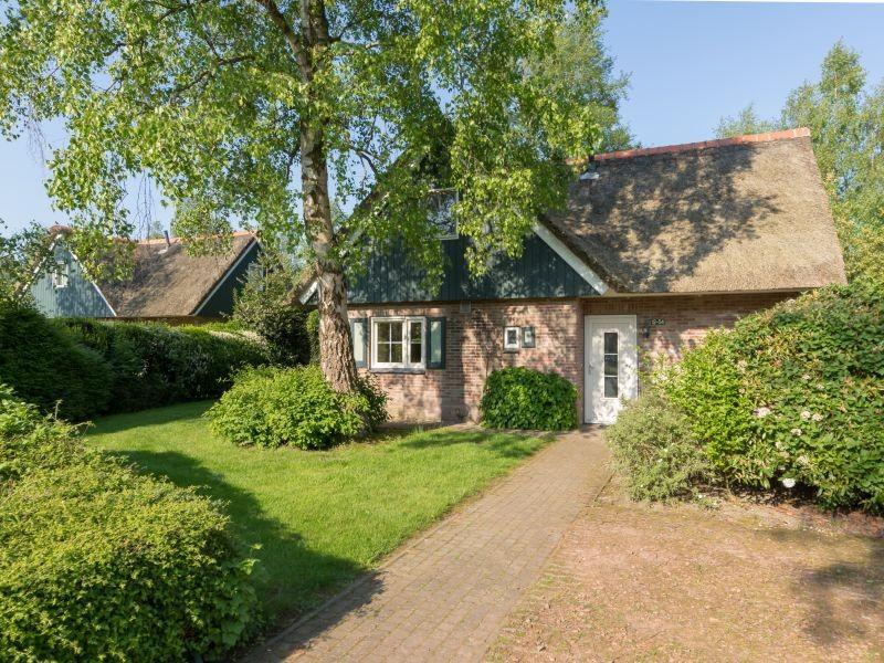 Villapark De Weerribben in Paaslo, Nederland huisje