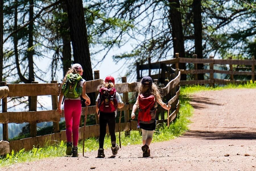 Travelnauts noorwegen-gezinsreis-wandelen-natuur-bergen Rondreis Noorwegen 30pluskids image gallery