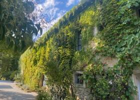 Domaine en Birbes in Laurac, Frankrijk huis zijaanzicht najaar 2020 Domaine en Birbès 30pluskids