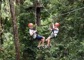 Travelnauts rondreis Maleisie-langkawi-zipline Kuala Lumpur, jungle, theeplantages in Maleisië 30pluskids