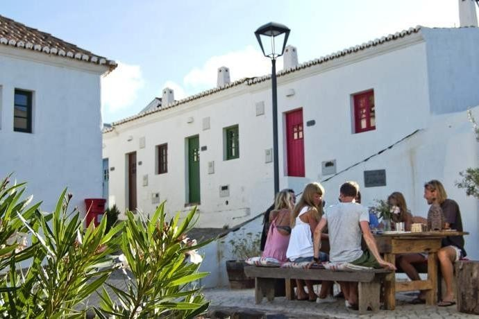 1911_2.jpg Las Perlas Portugal 30pluskids image gallery