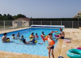 Place de la Famille in de Dordogne, Frankrijk zwembad2 Glamping Place de la Famille 30pluskids