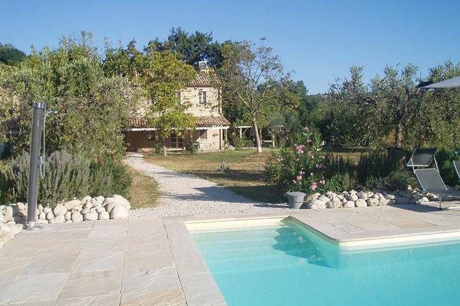 villadellavalle in Le Marche, Italie zwembad Villa della Valle 30pluskids image gallery