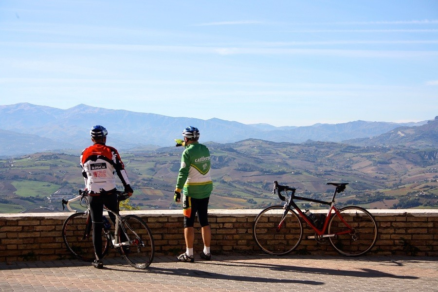 Fortuna Verde in Cossignano, Italie fietsen Agriturismo Fortuna Verde 30pluskids image gallery