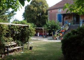 Les Escaliers de la Combe in de Lot, Frankrijk huis en tuin Les Escaliers de La Combe  30pluskids