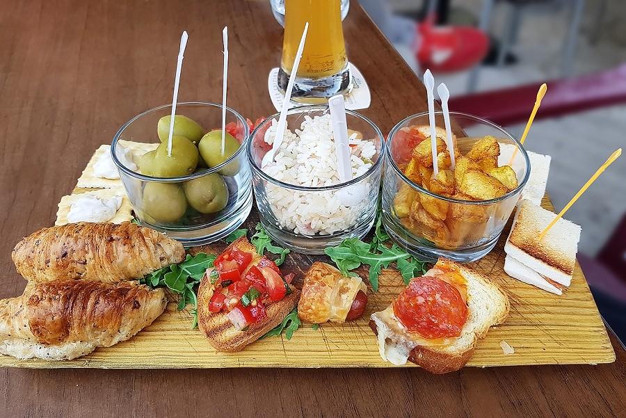 op-Sicilie-Italie-aperitief