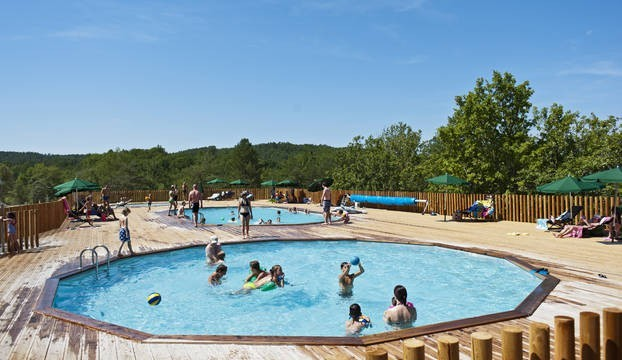 Huttopia Sud Ardeche zwembaden.jpg Huttopia Frankrijk 30pluskids image gallery
