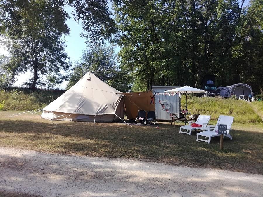 La Parenthese Camping Les Ormes in de Lot-et-Garonne, Frankrijk kamperen 2 La Parenthèse – Camping Les Ormes  30pluskids image gallery