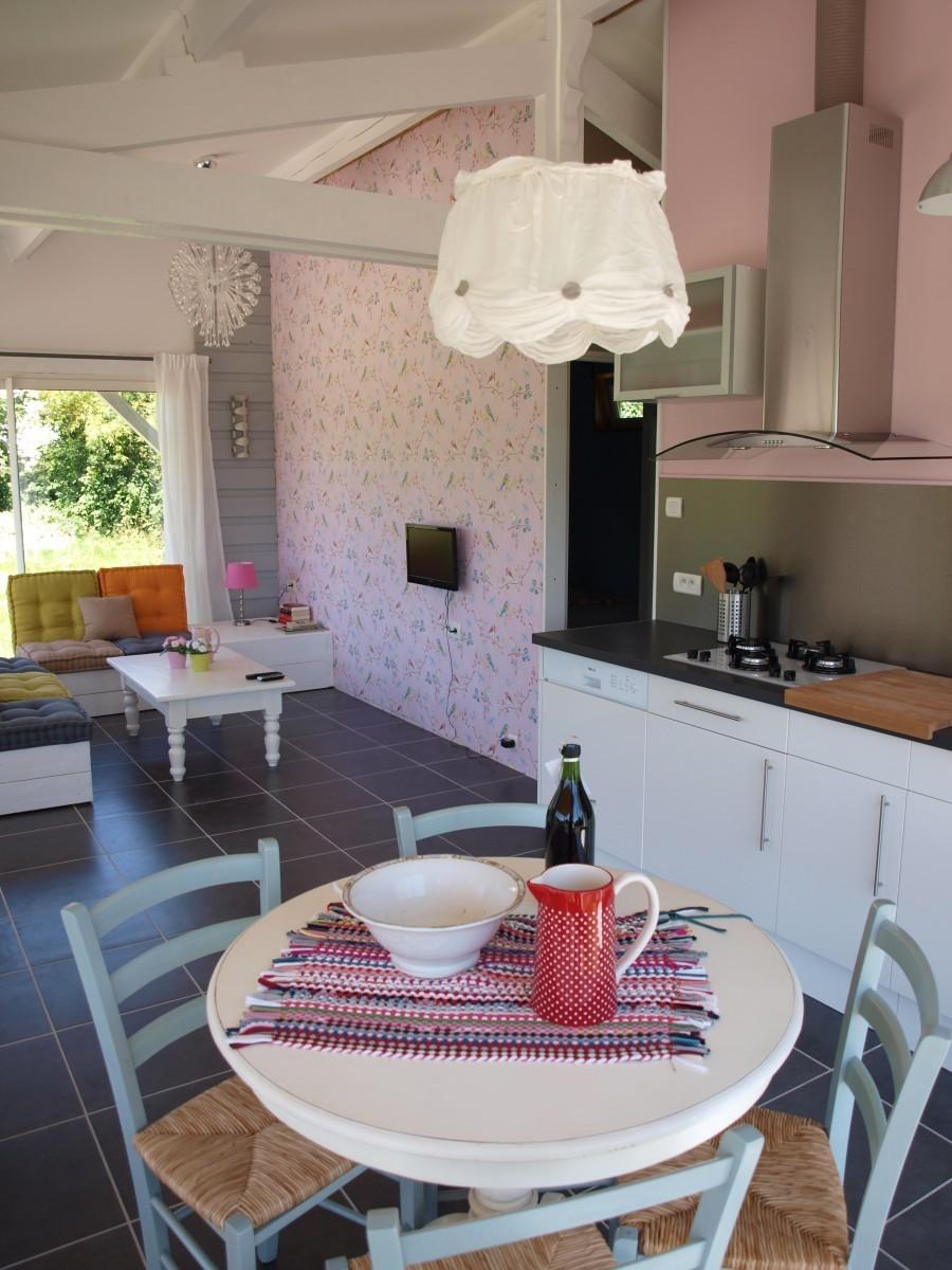 Les Neuf Cerisiers in Mascaras woonkamer en keuken Les neuf cerisiers 30pluskids image gallery