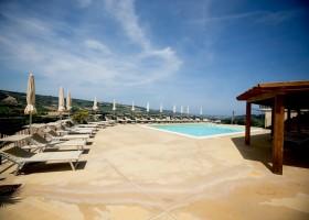 Villa Alwin in Le Marche, Italie zwembad met uitzicht Villa Alwin 30pluskids