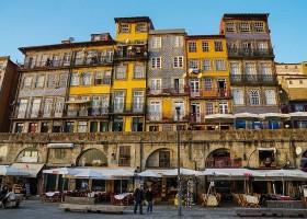 Travelnauts rondreis Noord-Portugal-porto-stad-gebouwen Rondreis Noord-Portugal 30pluskids