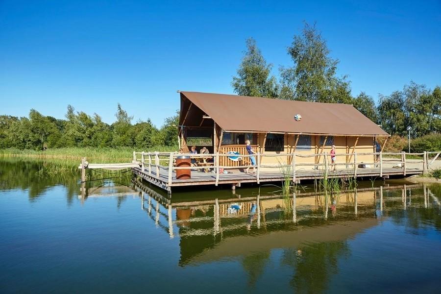 Glampings.nl safaritent aan het water 900.jpg Glampings.nl 30pluskids image gallery