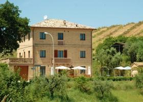 Villa Bussola in Le Marche, Italie het huis Agriturismo Villa Bussola  30pluskids