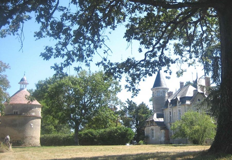 2201_20.jpg Château Bredurière  30pluskids image gallery