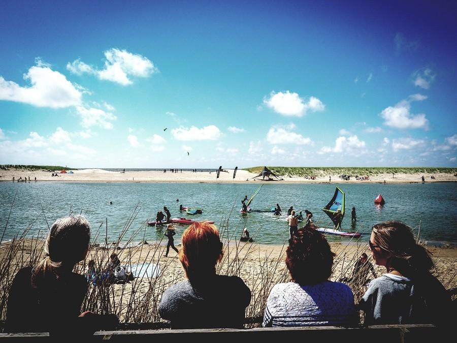 Laguna Beach in Schoorl, Nederland gezelligheid rondom de plas Laguna beach 30pluskids image gallery