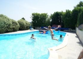 Domaine La Fontaine in de Charente-Maritime, Frankrijk zwembad 5 Domaine la Fontaine 30pluskids