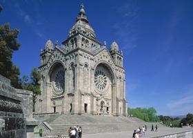 Travelnauts rondreis Noord-Portugal-viana-do-castelo-ti-basseliek Rondreis Noord-Portugal 30pluskids