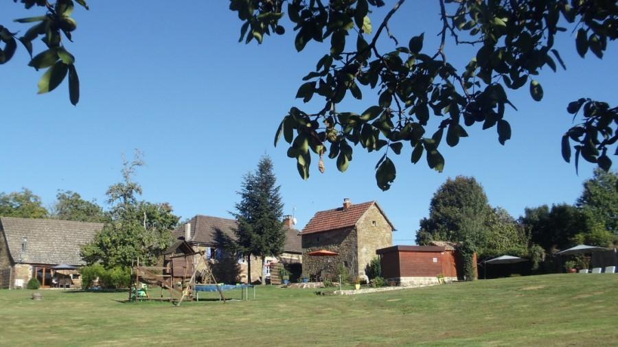 Het gras is groener in Beynat, Frankrijk overzicht Het gras is groener 30pluskids image gallery