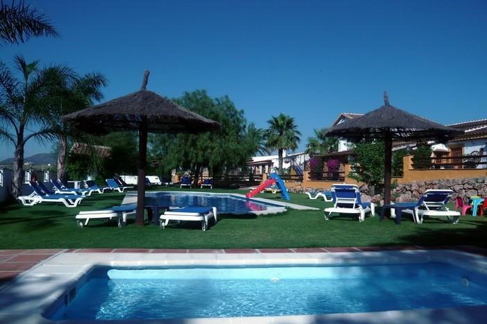 La Casita Vakantiehuizen La Granja zwembaden.jpg La Casita Vakantiehuizen 30pluskids image gallery