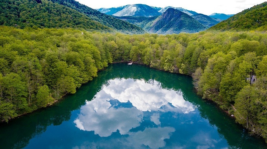 Travelnauts rondreis montenegro-bjelasica-crna-gora-berg-meer-natuur Rondreis Montenegro 30pluskids image gallery