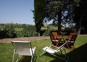 Countryhouse Montesoffio in Le Marche, Italie tuin Country house Montesoffio 30pluskids