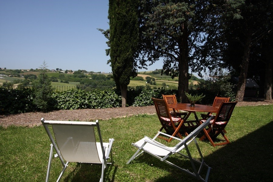 Countryhouse Montesoffio in Le Marche, Italie tuin Country house Montesoffio 30pluskids image gallery