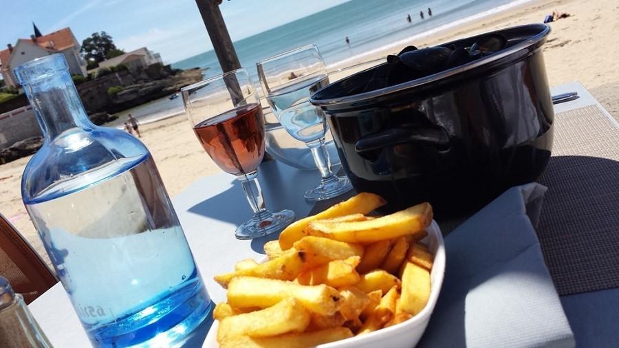 Domaine La Fontaine moules frites aan het strand Domaine la Fontaine 30pluskids image gallery