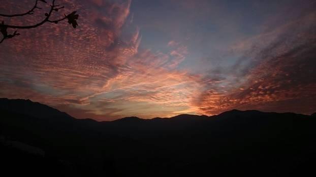 Nido Aguila Blanca zonsondergang.jpg Nido Aguila Blanca 30pluskids image gallery
