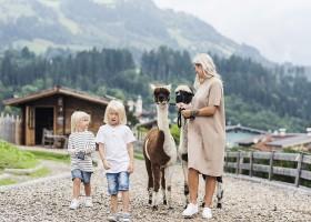 alpina zillertal in Fugen, Oostenrijk 04 zomer alpina zillertal 30pluskids
