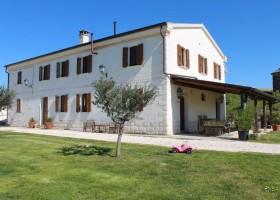 Rustico del Bozzo het huis.jpg Rustico del Bozzo 30pluskids