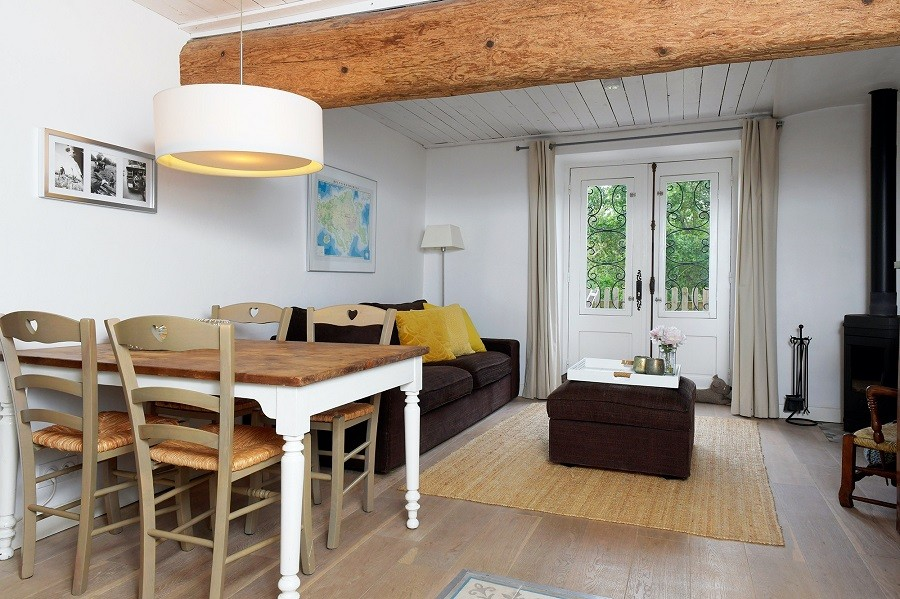 Domaine en Birbes in Laurac, Frankrijk etable openslaande deuren Domaine en Birbès 30pluskids image gallery