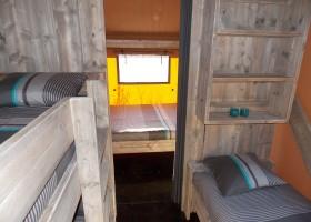 Les Quatre Toits in de Tarn-et-Garonne, Frankrijk safaritent slaapkamer Domaine Les Quatre Toits 30pluskids