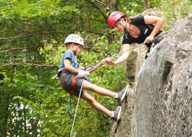 ViNEA Family abseilen-kids-zomervakantie-outdoor-ardennen-vinea ViNEA Family Ardennen herfst 30pluskids