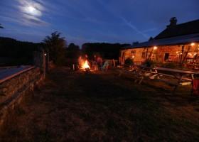 Les 3Etangs in de Auvergne, Frankrijk prachtige avond Les 3Etangs 30pluskids