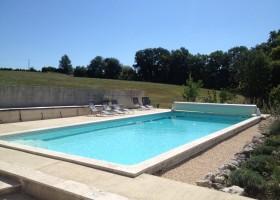 Les Merulies in de Lot-et-Garonne, Frankrijk zwembad Les Mérulies 30pluskids