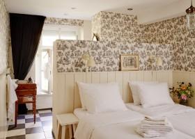 Erfgoedlogies d'Ouffenhoff in Limburg, Nederland slaapkamer licht Erfgoedlogies d'Ouffenhoff 30pluskids
